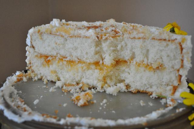 White Almond Wedding Cake.Almond Wedding Cake